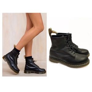Dr Martens 11 1460 Smooth Black Combat Boots